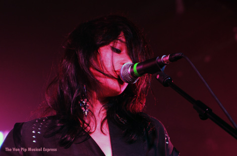 Juanita Stein-Howling Bells - The Von Pip Musical Express.